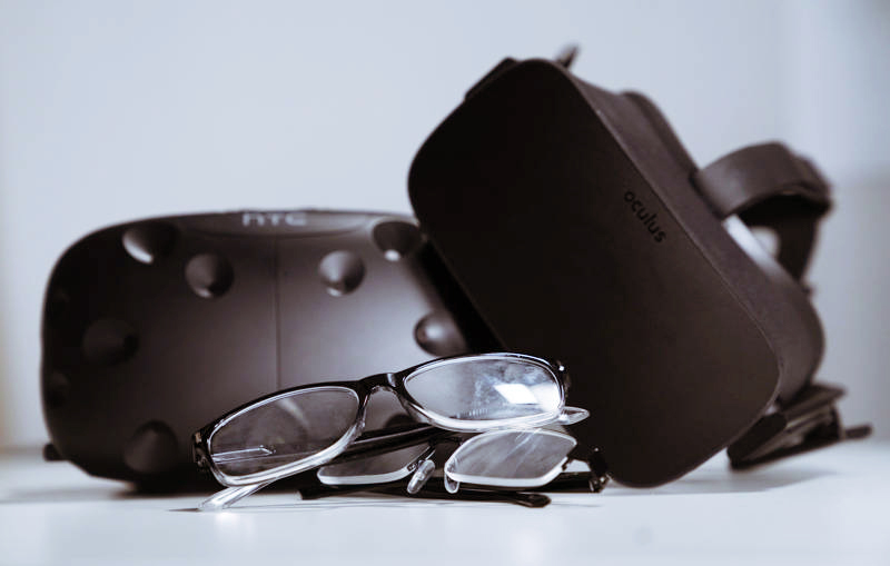 What Virtual Reality Headsets can I wear with Glasses